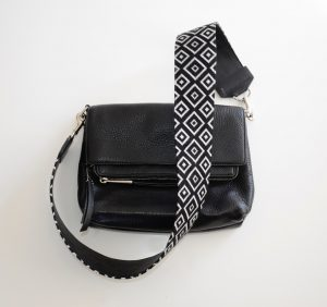 NeedlePaint purse strap izzy